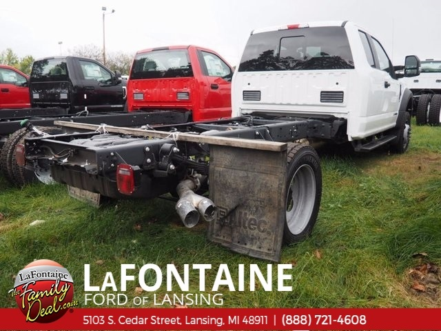 2017 F-550 Super Cab DRW 4x4,  Cab Chassis #17F844 - photo 2
