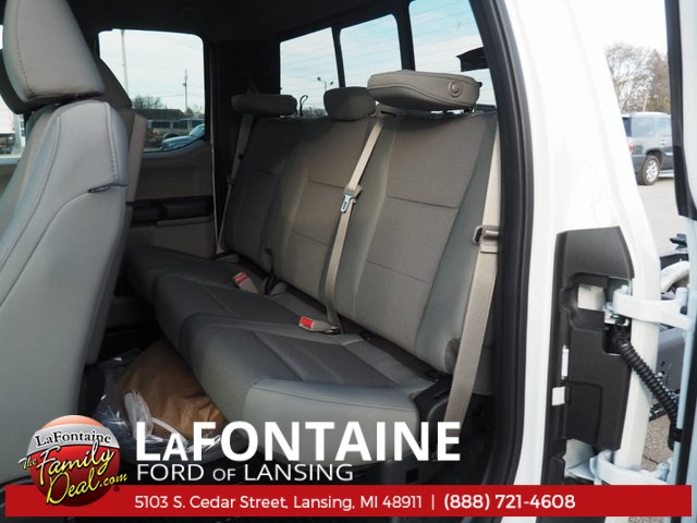 2017 F-550 Super Cab DRW 4x4, Cab Chassis #17F846 - photo 32