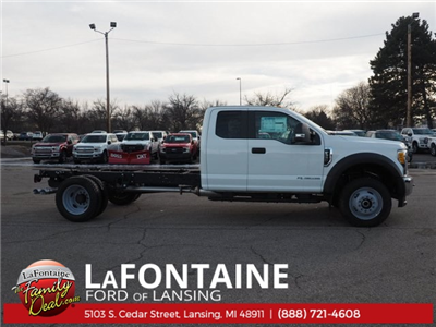 2017 F-550 Super Cab DRW 4x4, Cab Chassis #17F846 - photo 3