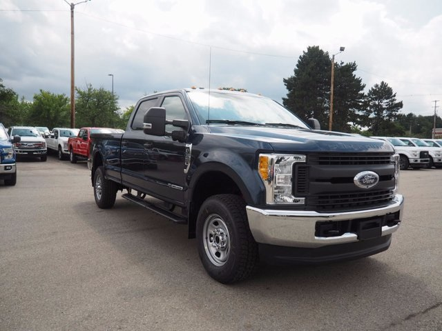 2017 F-350 Crew Cab 4x4 Pickup #17F908 - photo 3