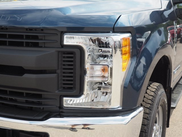 2017 F-350 Crew Cab 4x4 Pickup #17F908 - photo 9