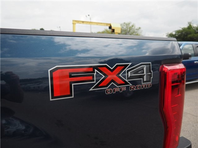 2017 F-350 Crew Cab 4x4, Pickup #17F908 - photo 13