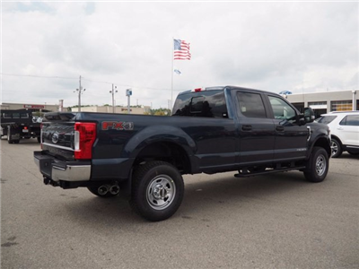2017 F-350 Crew Cab 4x4 Pickup #17F908 - photo 5