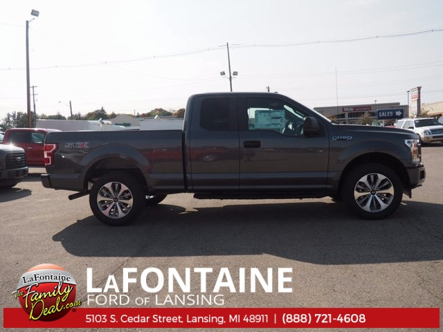 2018 F-150 Super Cab 4x4 Pickup #18F06 - photo 4