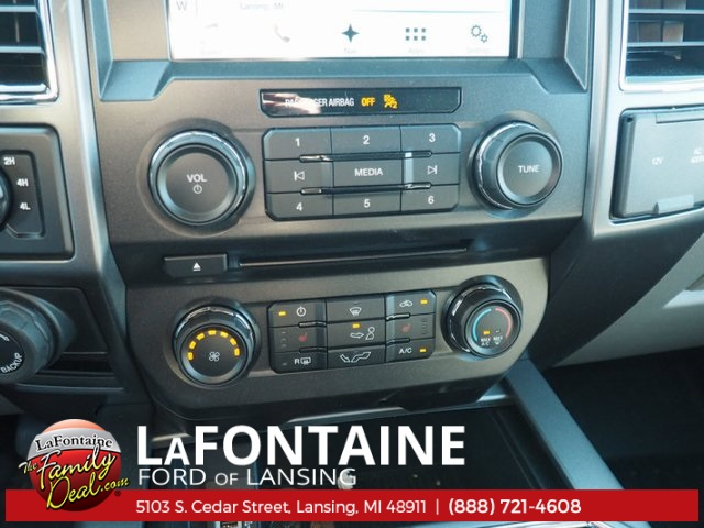 2018 F-150 Crew Cab 4x4, Pickup #18F157 - photo 18