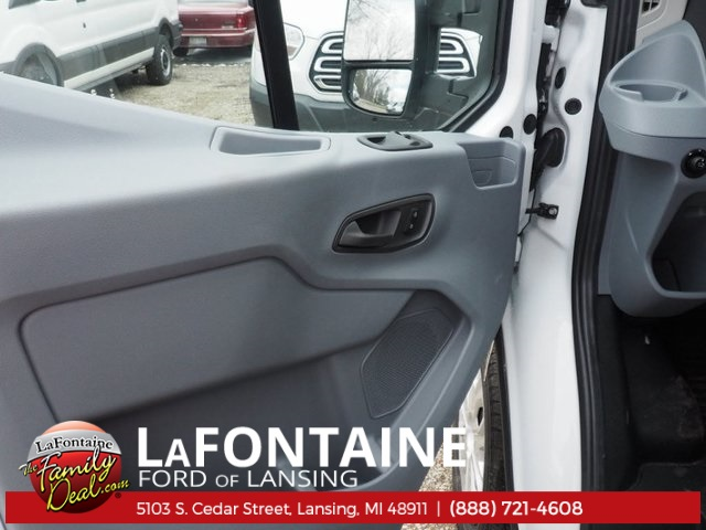 2018 Transit 250 Med Roof, Cargo Van #18F409 - photo 15
