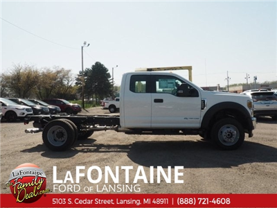 2018 F-550 Super Cab DRW 4x4,  Cab Chassis #18F441 - photo 3