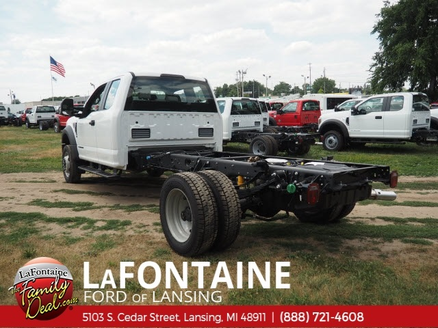 2018 F-450 Super Cab DRW 4x4,  Cab Chassis #18F638 - photo 2
