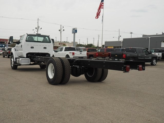 2019 F-750 Regular Cab DRW 4x2,  Cab Chassis #19F04 - photo 2