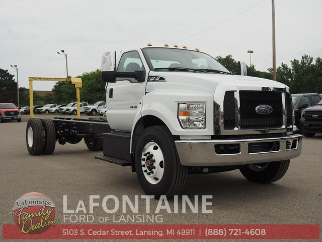 2019 F-750 Regular Cab DRW 4x2,  Cab Chassis #19F06 - photo 3