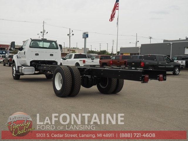 2019 F-750 Regular Cab DRW 4x2,  Cab Chassis #19F06 - photo 2