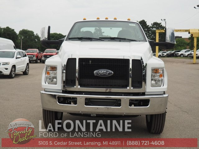 2019 F-750 Regular Cab DRW 4x2,  Cab Chassis #19F06 - photo 8
