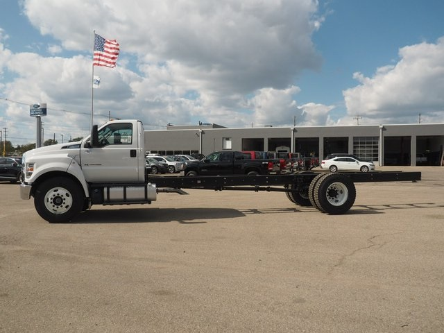 2019 F-650 Regular Cab DRW 4x2,  Cab Chassis #19F27 - photo 5