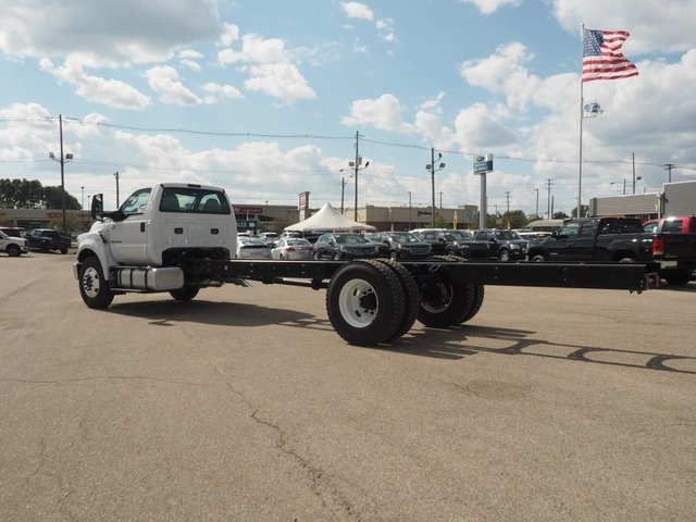 2019 F-650 Regular Cab DRW 4x2,  Cab Chassis #19F27 - photo 2