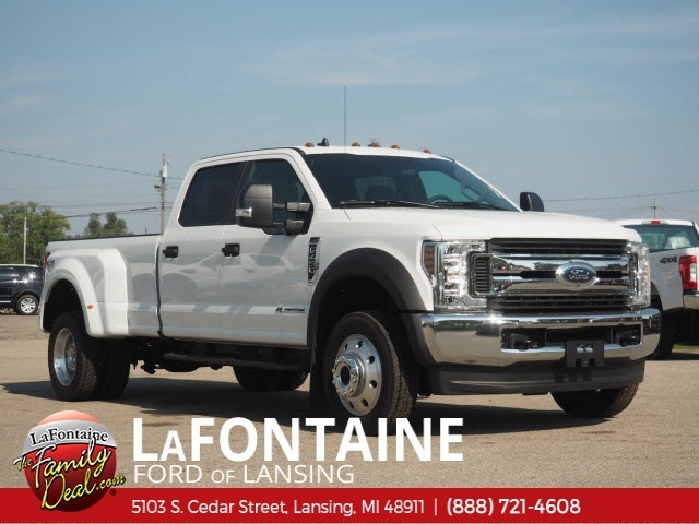 2019 F-450 Crew Cab DRW 4x4,  Pickup #19F29 - photo 3