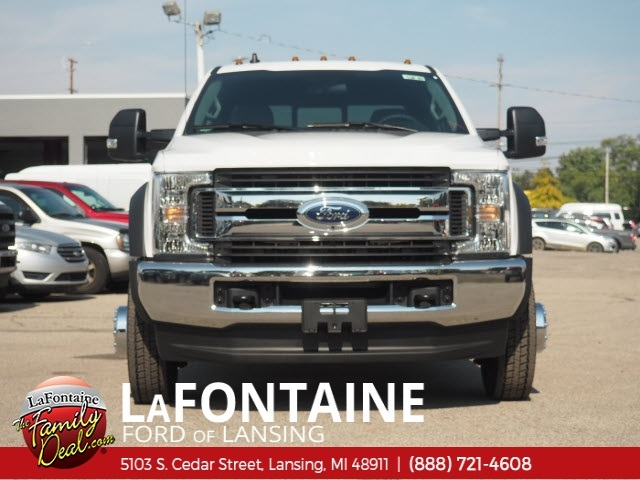 2019 F-450 Crew Cab DRW 4x4,  Pickup #19F40 - photo 4