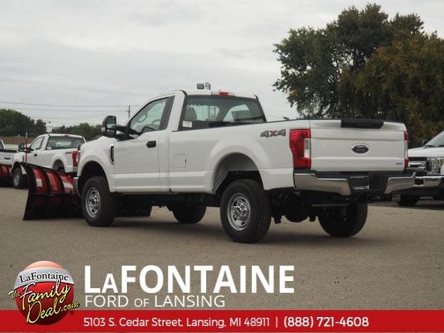 2019 F-250 Regular Cab 4x4,  Western Snowplow Pickup #19F44 - photo 2
