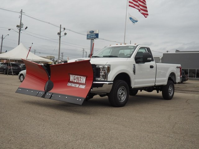 2019 F-250 Regular Cab 4x4,  Western Snowplow Pickup #19F61 - photo 1