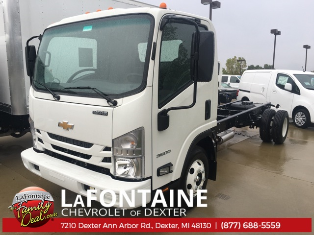2016 Low Cab Forward Regular Cab, Cab Chassis #16C2100 - photo 3