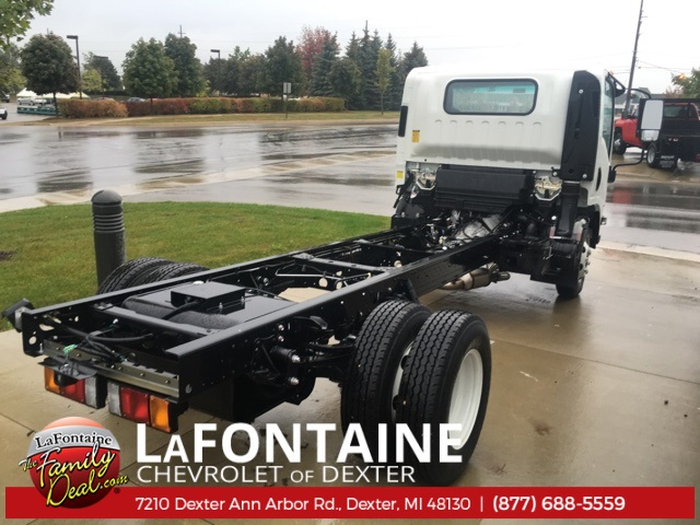 2016 Low Cab Forward Regular Cab, Cab Chassis #16C2100 - photo 2
