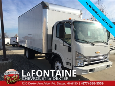 2017 Low Cab Forward Regular Cab Dry Freight #17C1139 - photo 4