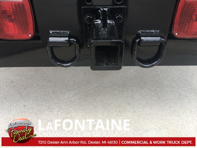 2017 Silverado 3500 Regular Cab 4x4, Platform Body #17C1387 - photo 8