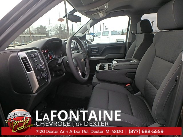 2018 Silverado 1500 Double Cab 4x4, Pickup #18C1040 - photo 4