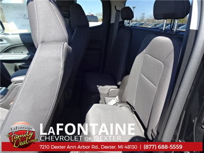 2018 Colorado Extended Cab 4x4,  Pickup #18C1195 - photo 33