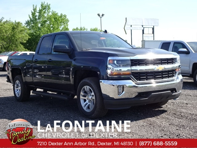 2018 Silverado 1500 Double Cab 4x4,  Pickup #18C1419 - photo 1