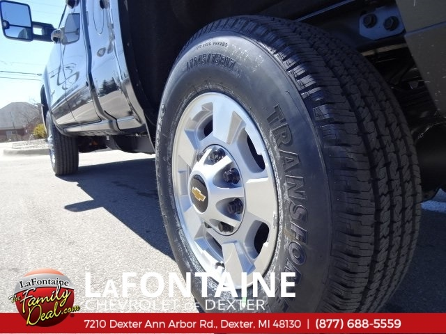 2018 Silverado 2500 Double Cab 4x4,  Pickup #18C1498 - photo 10