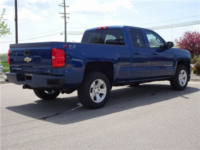 2018 Silverado 1500 Double Cab 4x4, Pickup #18C1624 - photo 2