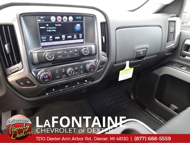 2018 Silverado 2500 Crew Cab 4x4,  Pickup #18C1627 - photo 36