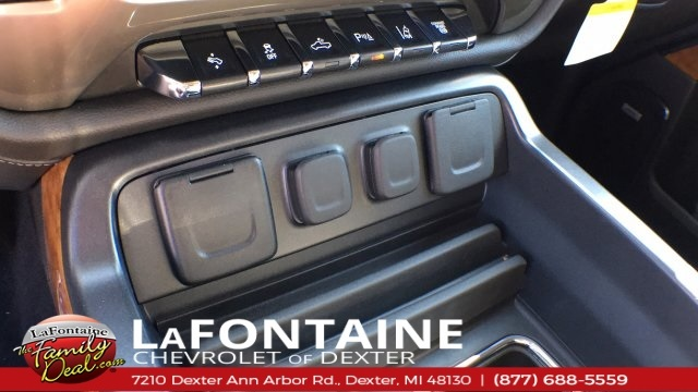 2018 Silverado 3500 Crew Cab 4x4,  Pickup #18C1933 - photo 29