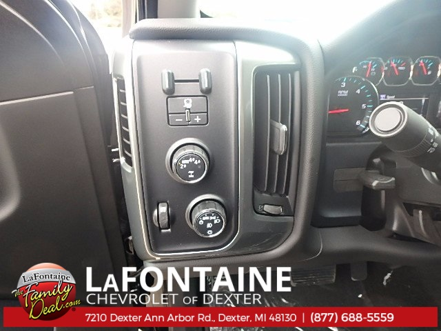 2018 Silverado 1500 Double Cab 4x4, Pickup #18C212 - photo 9