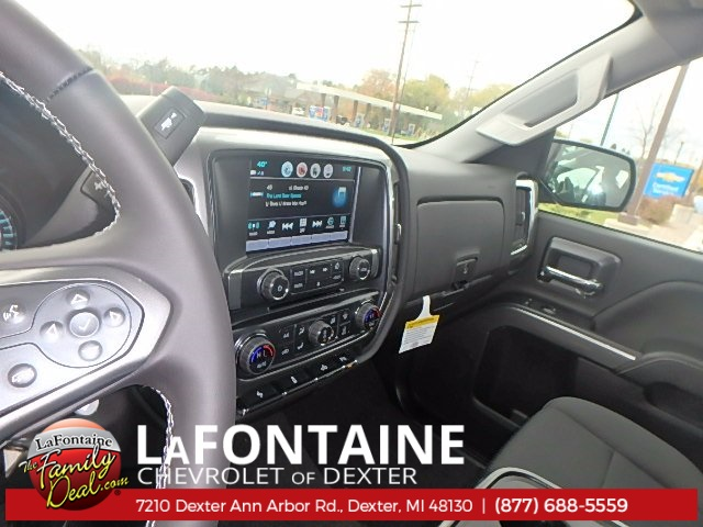 2018 Silverado 1500 Double Cab 4x4, Pickup #18C212 - photo 16
