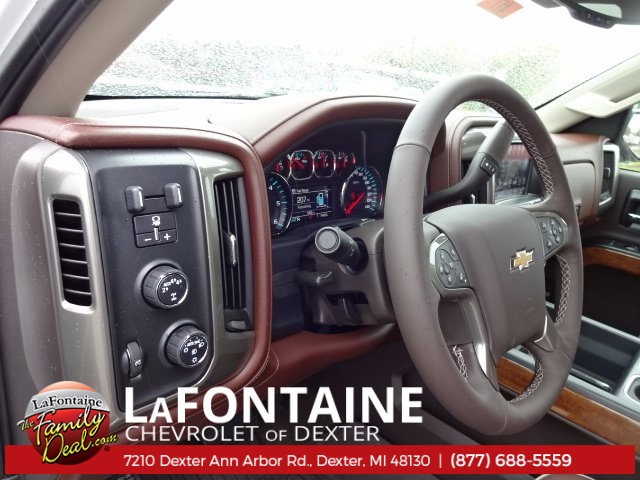 2018 Silverado 1500 Crew Cab 4x4,  Pickup #18C417 - photo 11