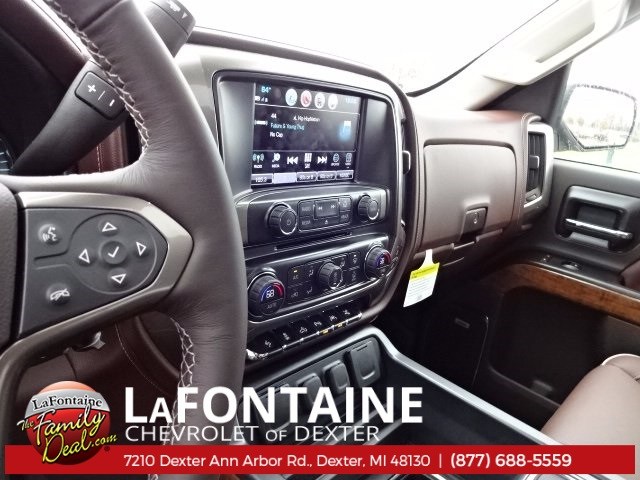 2018 Silverado 1500 Crew Cab 4x4,  Pickup #18C417 - photo 19