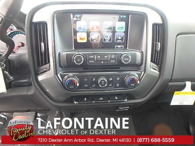 2018 Silverado 1500 Double Cab 4x4, Pickup #18C565 - photo 17