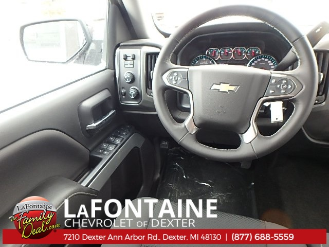 2018 Silverado 1500 Double Cab 4x4, Pickup #18C565 - photo 6