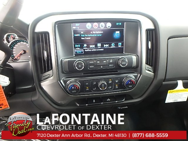 2018 Silverado 1500 Double Cab 4x4, Pickup #18C569 - photo 17