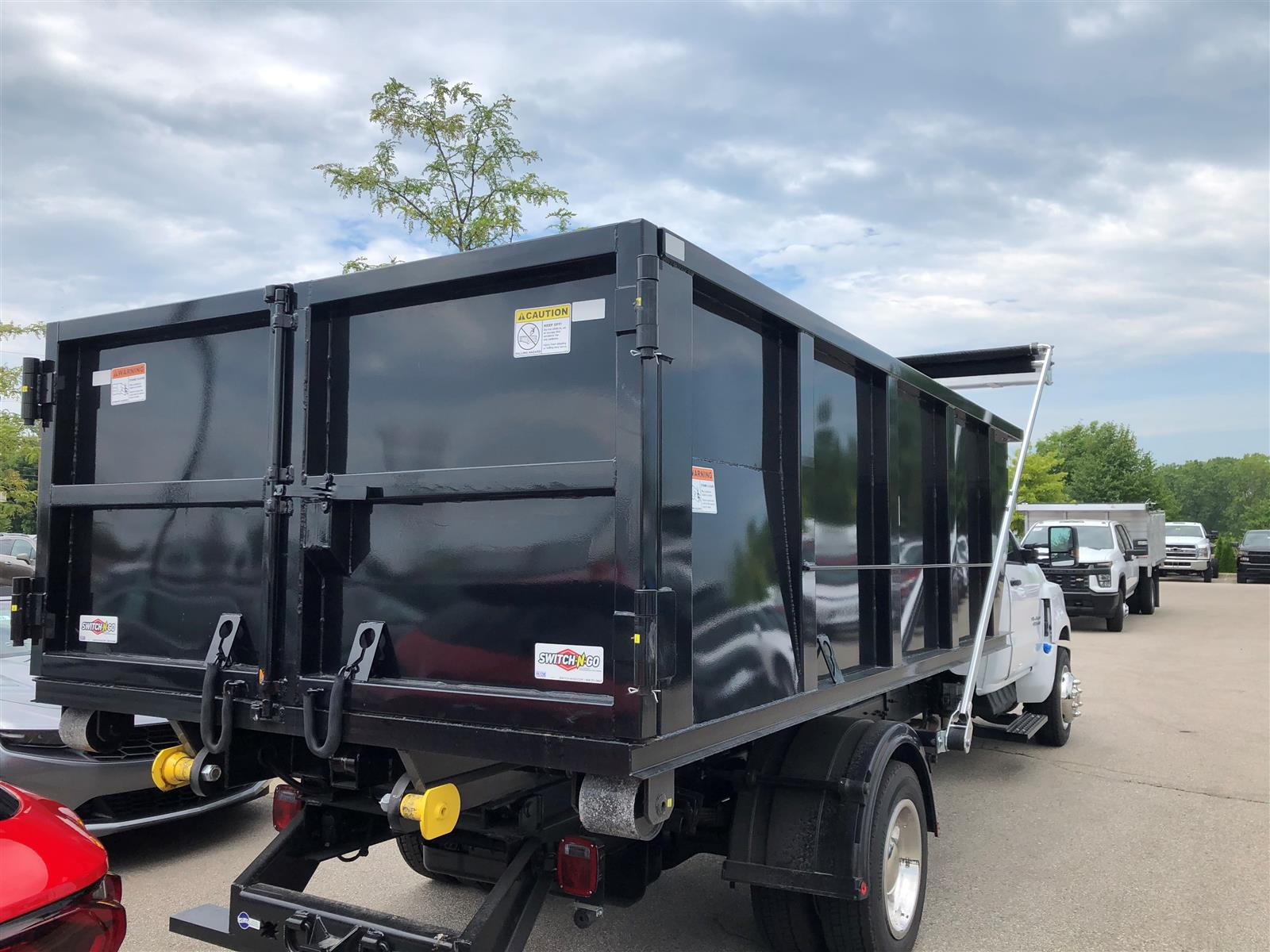 2019 Chevrolet Silverado 6500 Regular Cab DRW 4x2, Switch N Go Hooklift Body #19C2825 - photo 1