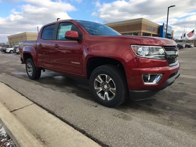 2019 Colorado Crew Cab 4x4,  Pickup #19C642 - photo 3