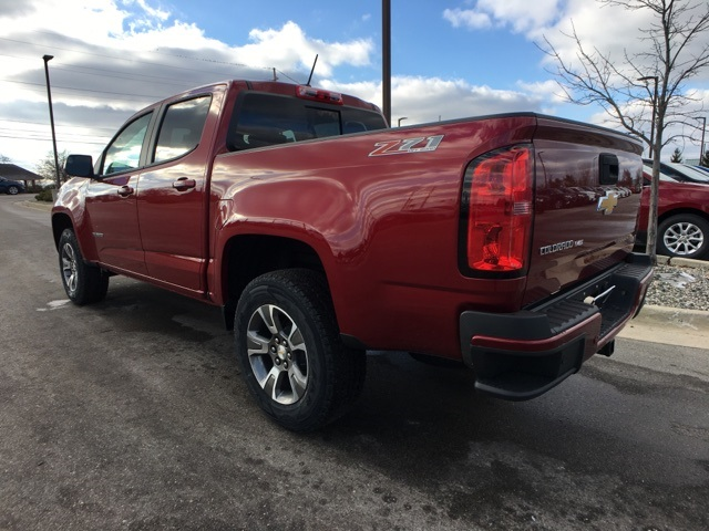 2019 Colorado Crew Cab 4x4,  Pickup #19C642 - photo 2