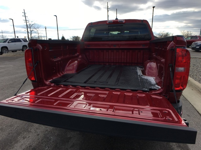 2019 Colorado Crew Cab 4x4,  Pickup #19C642 - photo 32
