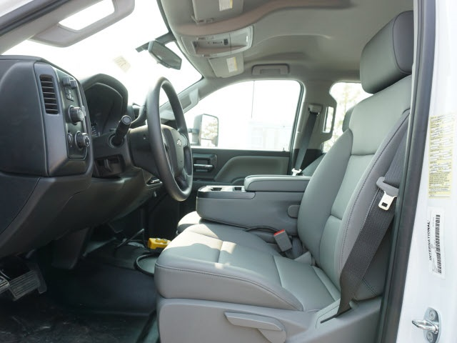 2020 Silverado 5500 Crew Cab DRW 4x4,  Knapheide Rigid Side Dump Body #20C1767 - photo 14