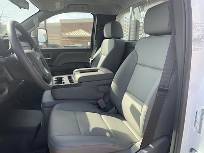 2020 Silverado 5500 Regular Cab DRW 4x2,  Knapheide Aluminum Platform Body #20C1804 - photo 13