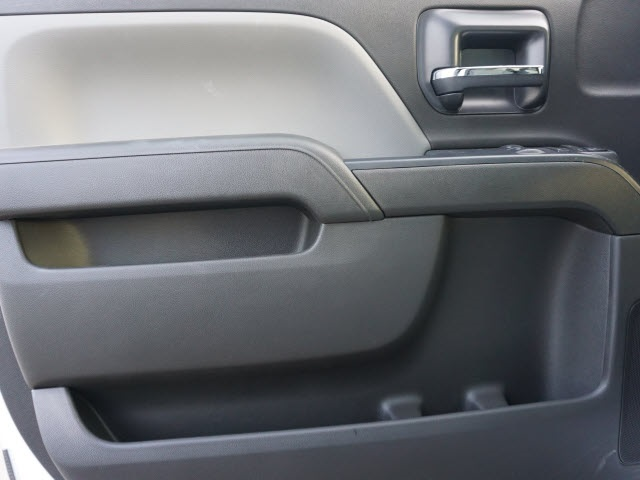 2020 Silverado Medium Duty Regular Cab DRW 4x4,  Reading Landscaper SL Landscape Dump #20C2338 - photo 17