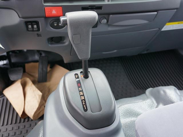 2020 LCF 4500 Crew Cab DRW 4x2,  Cab Chassis #20C2361 - photo 23