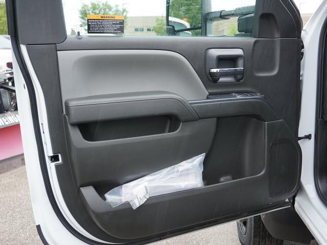 2020 Silverado 5500 Regular Cab DRW 4x2,  Knapheide Heavy-Hauler Junior Platform Body #20C2396 - photo 23
