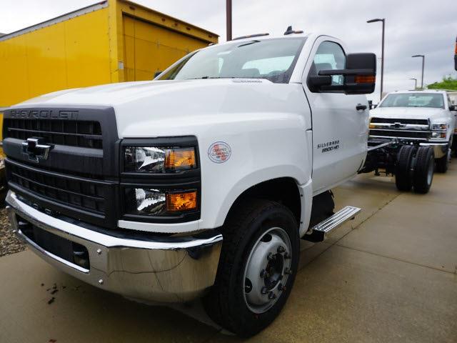 2020 Silverado 6500 Regular Cab DRW 4x2,  Cab Chassis #20C2513 - photo 10